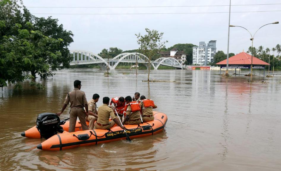 Для эвакуации из затопленных районов 1,2 миллиона местных жителей задействовали военных