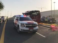 Туристический автобус попал в ДТП в Дубае: 17 погибших. Подробности