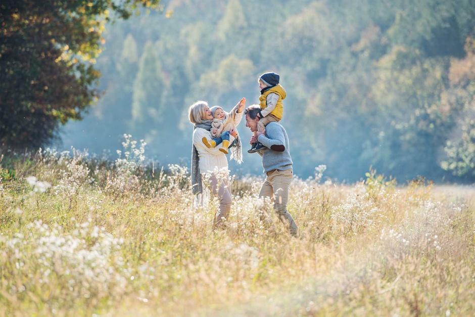 Туры для бабушек, дедушек и их внуков набирают популярность в Испании