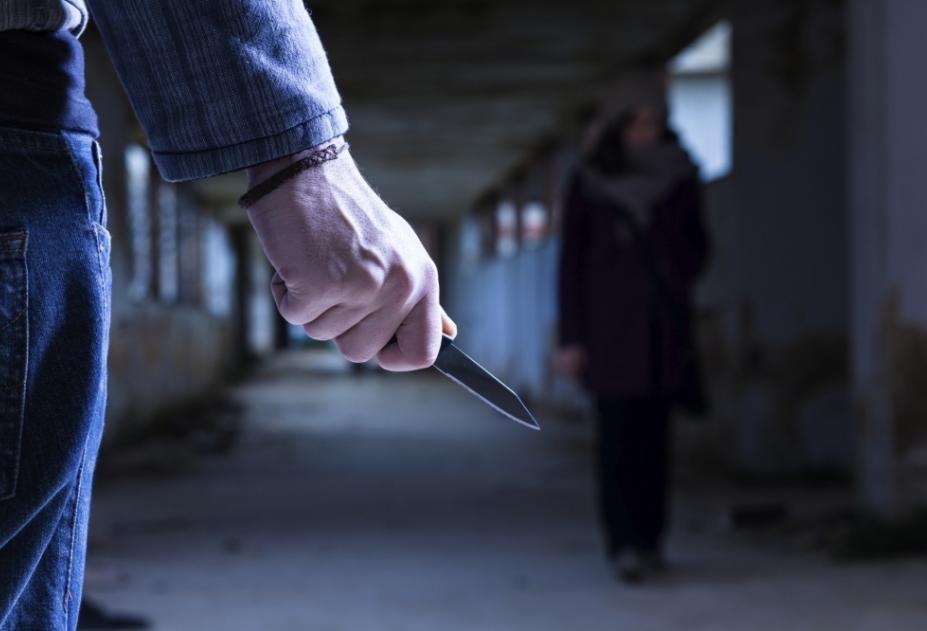 Драка с ножом из-за одежды стала виной в покушении на убийство