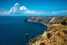 Министр курортов и туризма Крыма составил ТОП-10 самых красивых мест полуострова