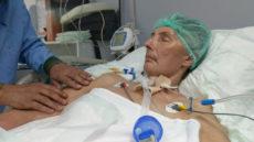 Шарф туристки попал в лопасти вентилятора, потащил её за собой, и она впала в кому